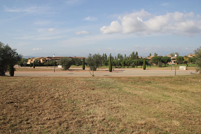 Plot at the golf of Perelada for sale, only 20 min from Roses
