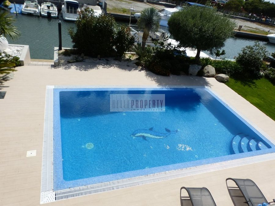 Santa Margarita newly renovated beautiful villa with mooring 24m