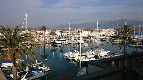 Wide studio with nice view and great balcony in Empuriabrava's port