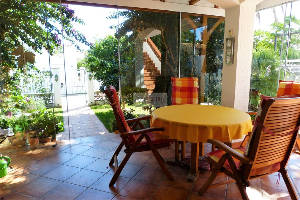 For sale in Empuriabrava nice house , very quiet residential area