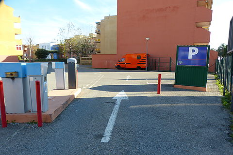 Place of parking in Gran reserva, Empuriabrava