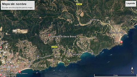 Land for sale in the urbanization Serra Brava near Lloret de Mar.