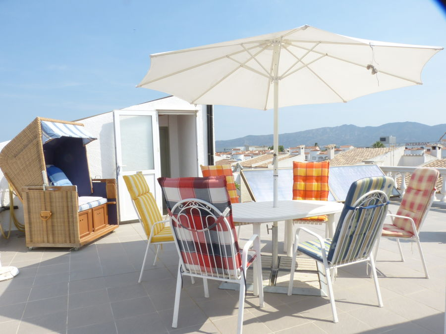 Real estate with mooring in Ampuriabrava and garage, Costa Brava