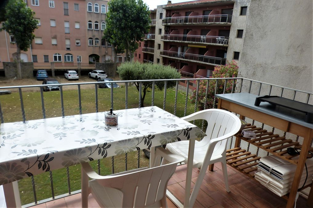 Apartment for sale two steps from the beach with 2 bedrooms and parking