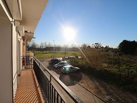 Beautiful and very bright 3 bedrooms apartment in Roses, 550 m from the beach